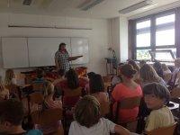 nauczyciel w czasie lekcji